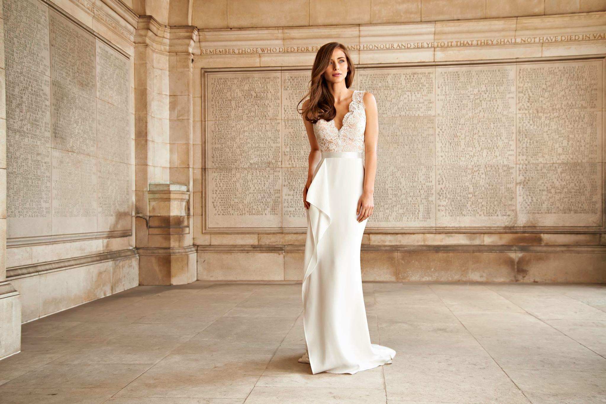 Suzanne Neville, Europe\'s leading designers of wedding dress found ...